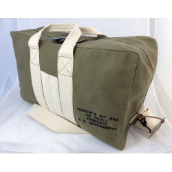 Aviator's Kit Bag Weekender by In Memories Sportswear