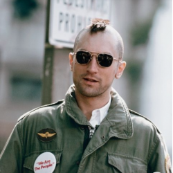 Robert de Niro dans Taxi Driver (1976) et ses Original Pilot AO
